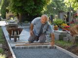Obrázek galerie nový chodník na hřbitově